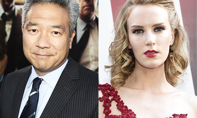 Глава Warner Brothers ушел в отставку из-за громкого секс-скандала с участием актрисы Шарлотты Кирк