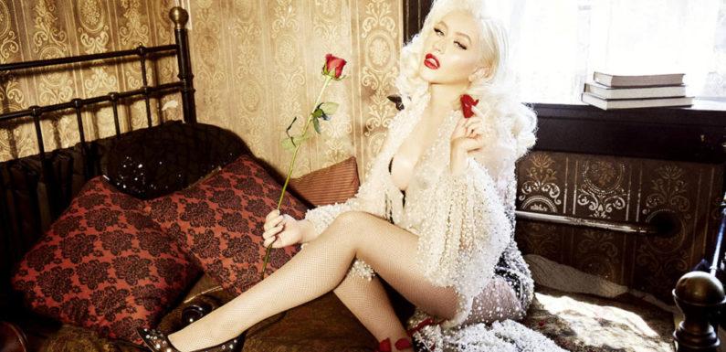 Christina Aguilera ушла из «Голоса» и выложила провокационные фото