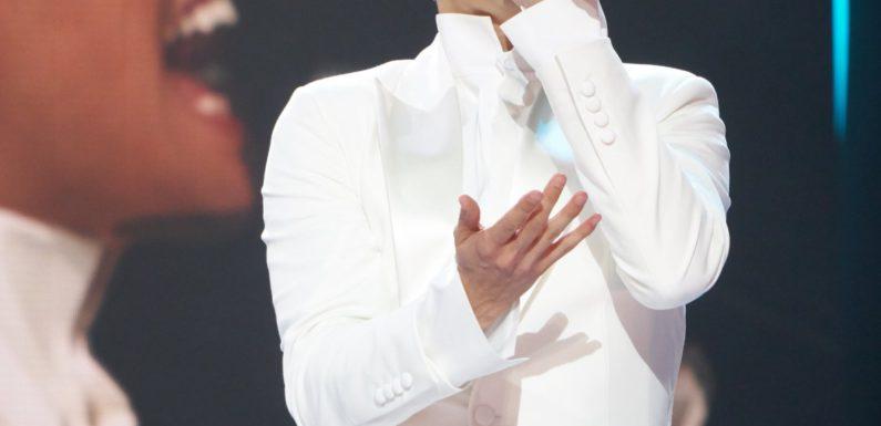 Alekseev показал в клипе «Целуй» новый имидж