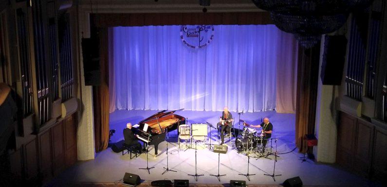 Джазовый супер-фестиваль в Витебске одним концертом: Пташка и Ко