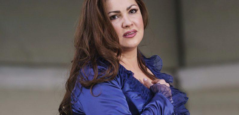 Анна Нетребко споет в «Саломее» Большого театра