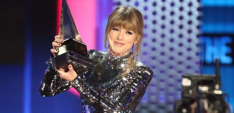 Forbes рассказал, кто из певиц заработал больше всех в 2019 году