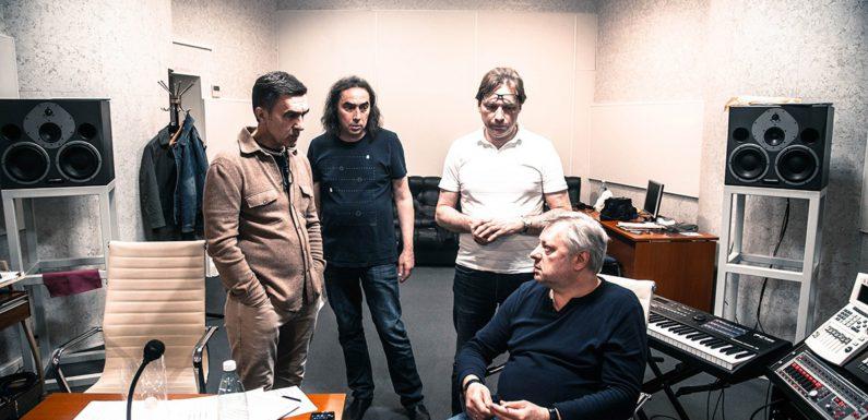 Вячеслав Бутусов записывает «духоподъемный» альбом