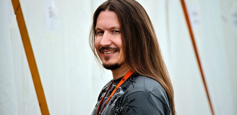 Басист Кипелова стал отцом