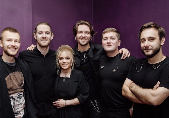 Группа «Вельвет» записала кавер на мировой хит