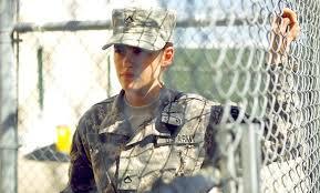Военнообязанная («Солдат Джейн», «Лагерь X-Ray»)