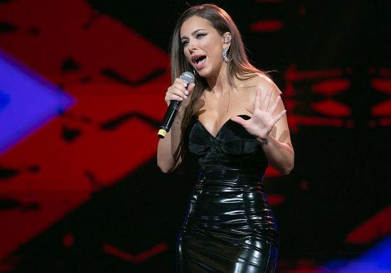 Ани Лорак отменяет концерты в России: причиной названа болезнь